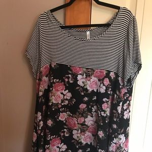 Tops - Striped floral tunic